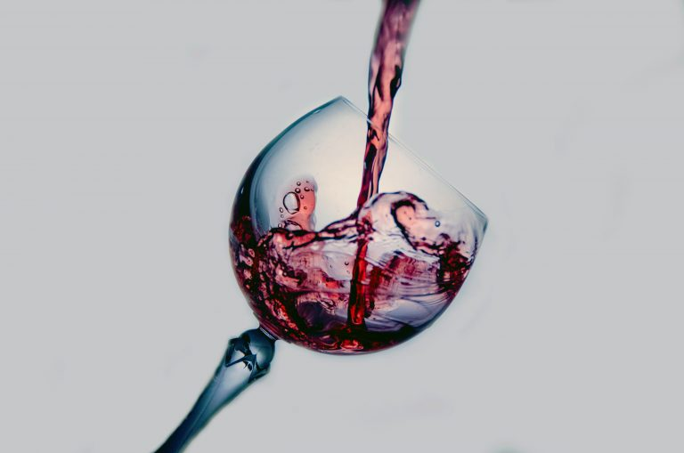 The Mommy Wine Culture Needs to Go